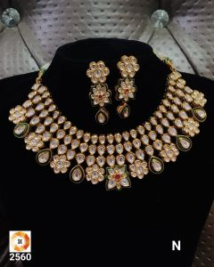 Three piece Kundan Necklace Set