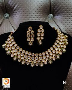Gold plated  Three piece Kundan Necklace Set with a Real look