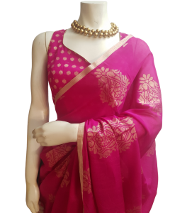Pink  Banarasi Crepe Silk  Saree in All over Floral Booti and Thin  Zari Border with Stitched Blouse